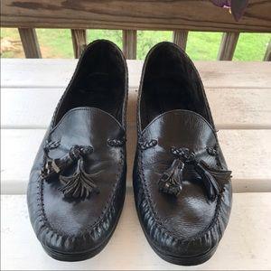 Allen Edmonds Antigua Black Loafers Tassels Sz 9.5